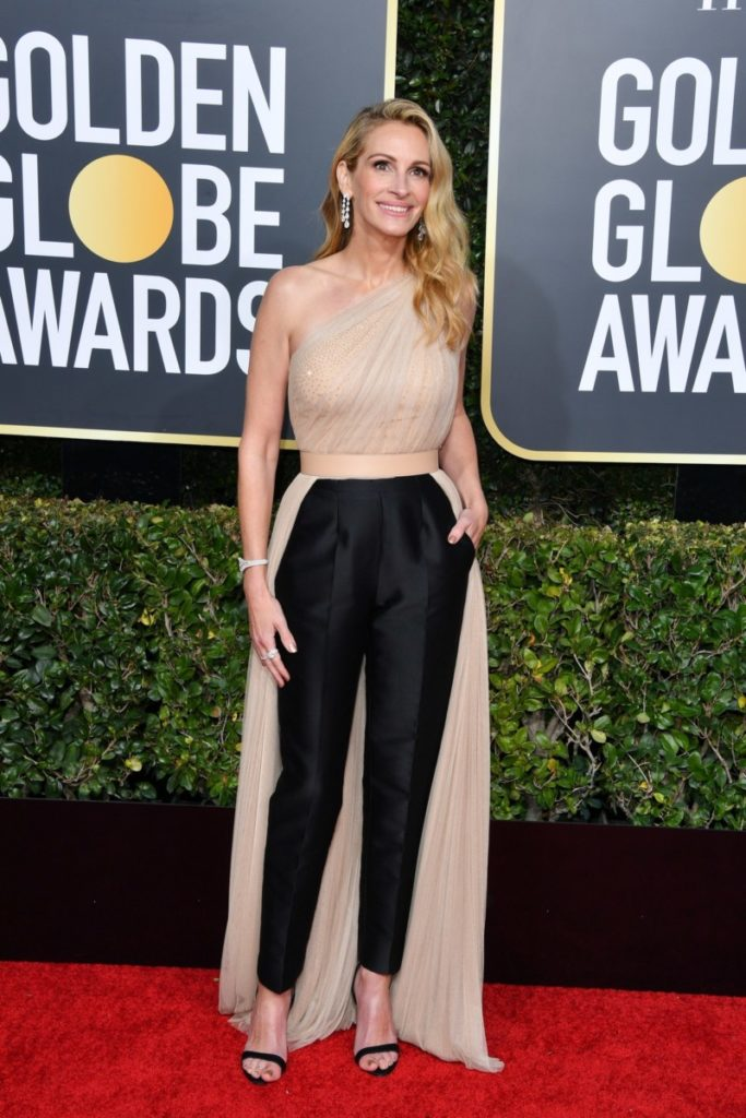 golden globes 2019 julia roberts